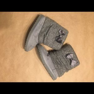 Gray Toddler Jumping Bean Boots size 9MED